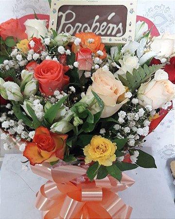 Mix de rosas com parabéns