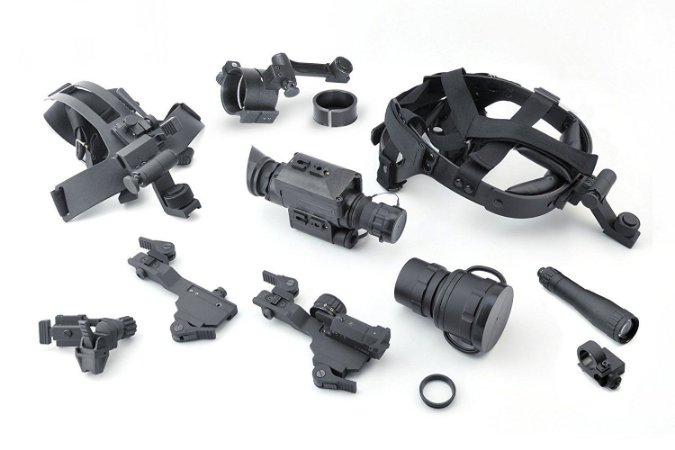 Monóculo de visão noturna Armasight Spark Multi-Uso CORE IIT 60-70 lp/mm