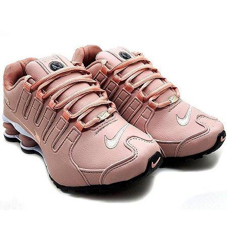 Tênis Nike Shox NZ 4 Molas Feminino Salmão com Branco Importado - Pronta Entrega