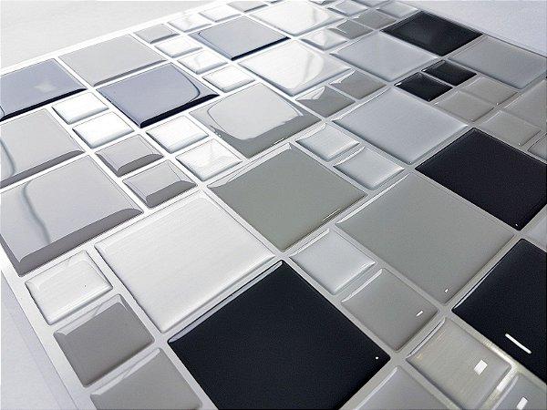 Revestimento Autoadesivo Resinado - Squares Steel P&B