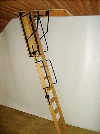 Escada Sótão Luxo Degraus Antiderrapantes - Chassis de Aço - Corrimão nos dois lados! - Super Reforçada !! Pé direito 3,00m -- ( Caixo 60cm x 130cm ) --
