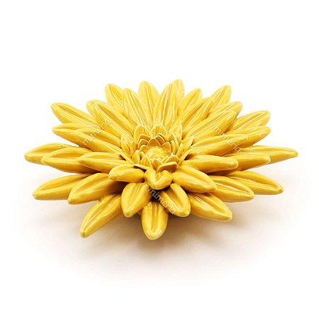 Flor Decorativa em Cerâmica Amarela Grande