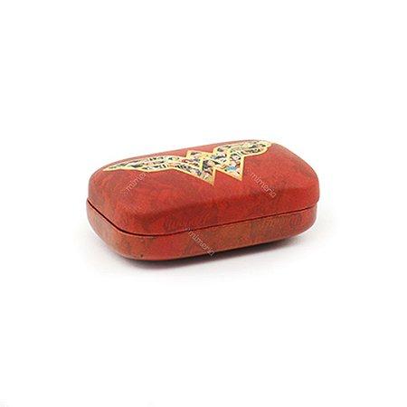 Porta Lentes de Contato Logo Mulher Maravilha Vermelho Escuro
