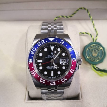 ROLEX GMT MASTER II NEW PEPSI - 4TYMYC2EH