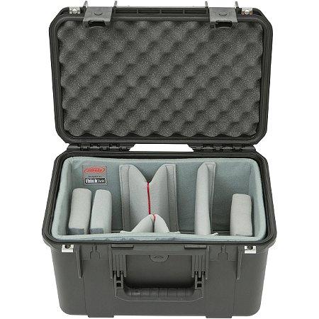 SKB iSeries 1610-10 Caixa à prova d'água com divisores de vídeo e tampa de espuma