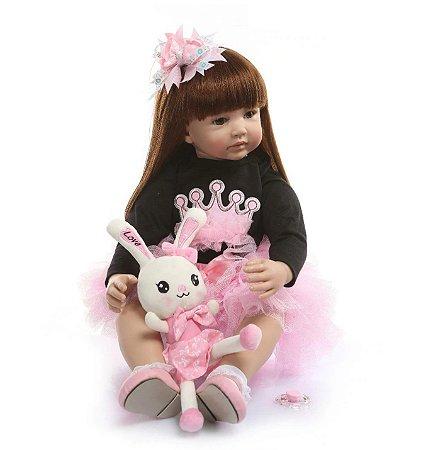 Bebê Reborn, cabelo comprido, corpo de algodão, 60cm, coelhinha, saia rosinha