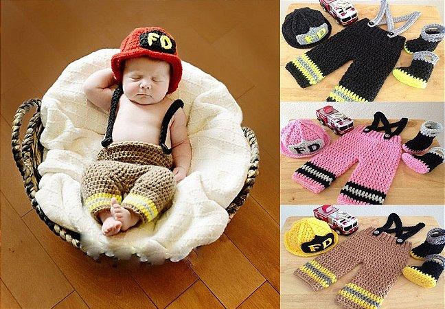 Conjunto Newborn Bombeiro - produto em crochê para fotografia de bebês
