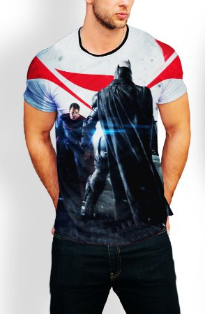 Camiseta Longline Estampa Full Batman Vs Superman