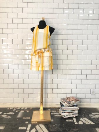 conjunto short saia listra amarela