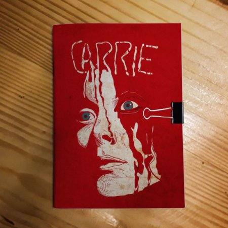 Caderno - Carrie
