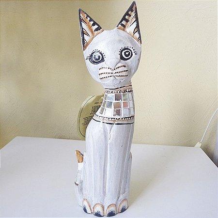 Gato da sorte Branco Esculpido em Madeira