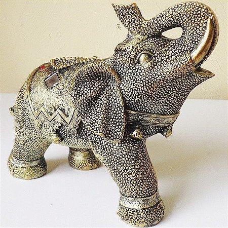 Elefante Dourado com Espelhos