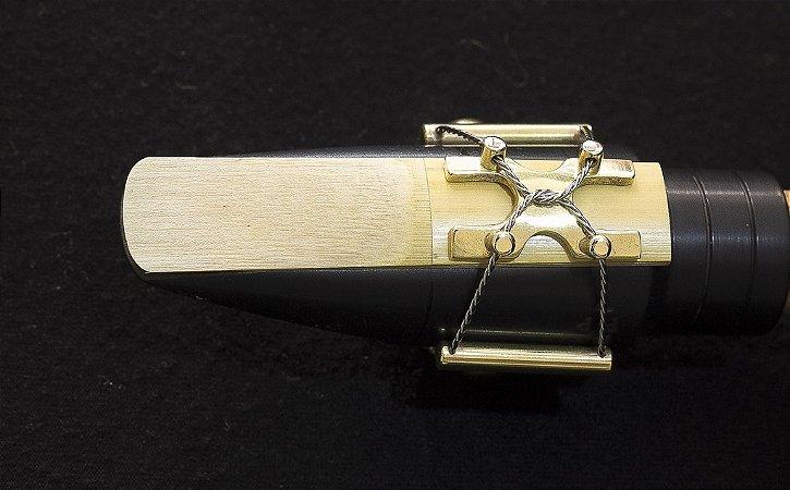 Abraçadeira Lexan Expressive para boquilha de Alto, Barítono, Soprano e Tenor (massa)