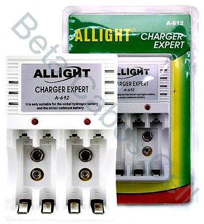 Carregador Allight Charger Expert Maxday A-612 Para 4 Pilhas AA AAA e Bateria 9v 110/220v