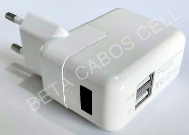 Fonte Ipad 10W com 2 USB e Led