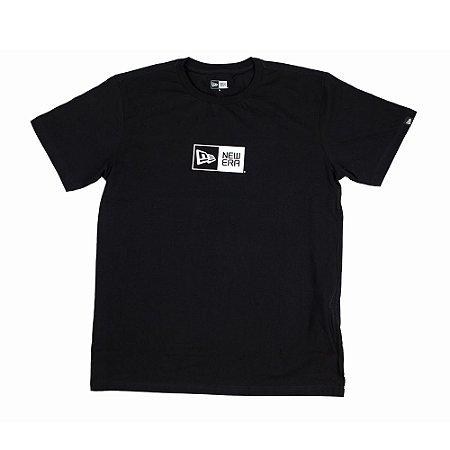 Camiseta New Era Essentials