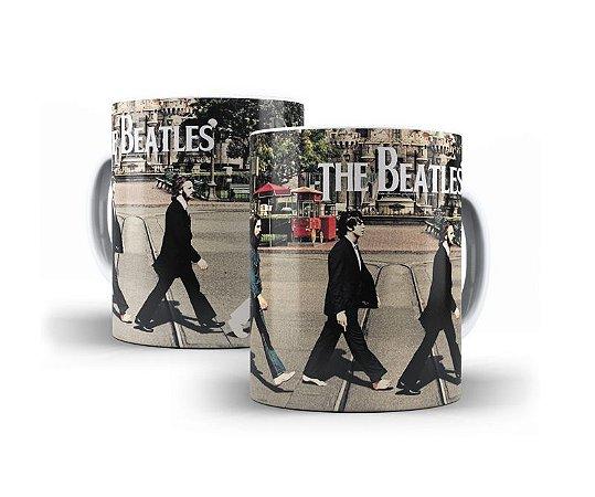 1 Caneca em Porcelana Beatles
