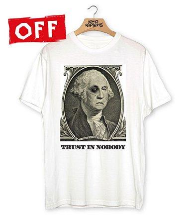 Camiseta CAPITALISMO SELVAGEM
