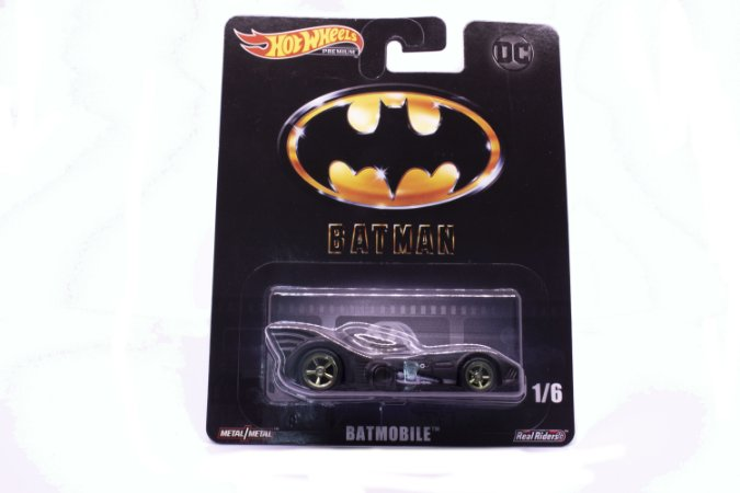 Hot Wheels Premium Batmobile - Batman DC Comics - DMC55 Mattel 1/6