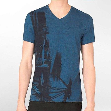 Camiseta Calvin Klein Masculina Abstract Graphic V Neck Tee - Navy