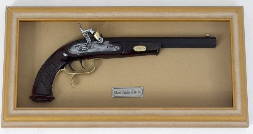 Quadro de Arma Resina W. Park of London cal. .45 - 1810 - Clássico