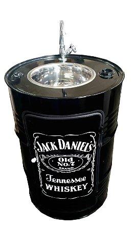 Lavatório com Armário - Tema Jack Daniel's