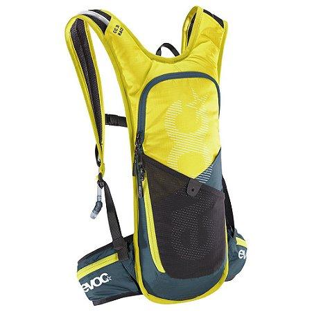 Mochila Cc 3 Litros Race + Bolsa de Hidratação 2 Litros Verde com Cinza