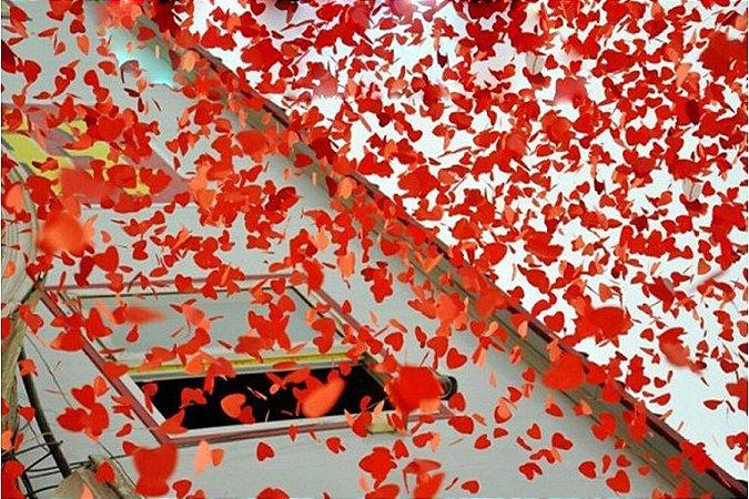Chuva de Amor Lança Corações Metálicos