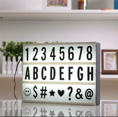 LightBox com 96 letras