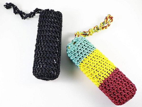 Capa de proteção em crochê para vaporizador de ervas na cor Preta e Bob Marley da KingVapo.