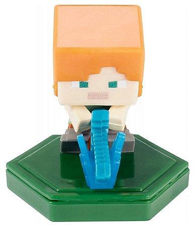 Mini-Figura - Alex ao Ataque - Minecraft Earth - Mattel