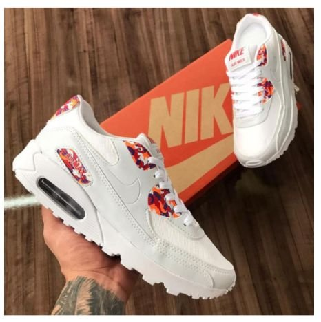 Tênis NYKE AIR MAX Essential