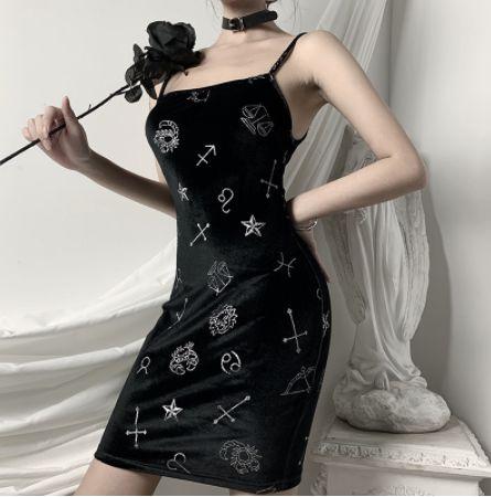 Vestido Gótico de Alcinha ZODÍACO - Dois Modelos
