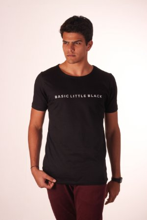 Camiseta Basic Little Black