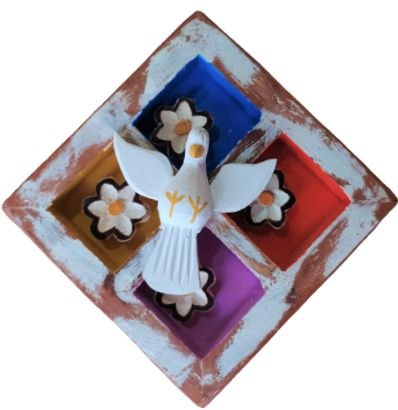 Quadro Divino Espirito Santo em Madeira PP