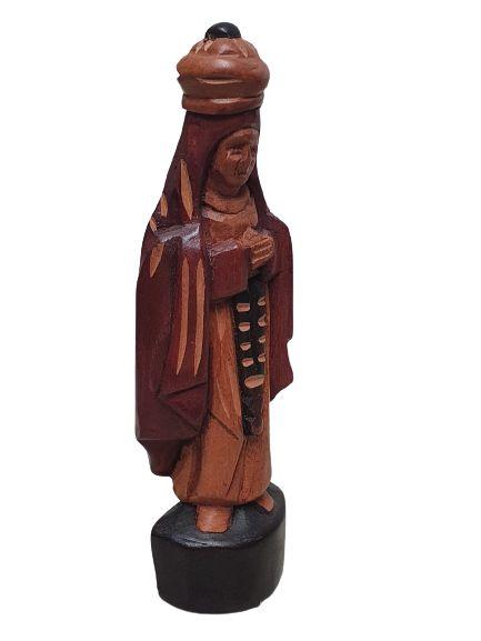 Escultura Nsa Sra das graças esculpida em Madeira