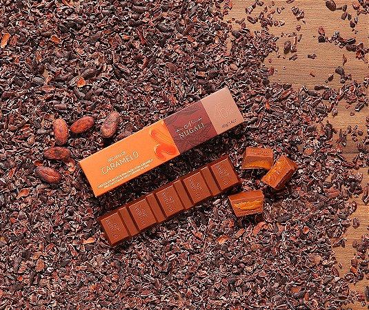 Tablete chocolate ao leite com recheio de caramelo