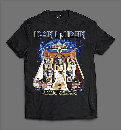 7ad9fae0c5 Camiseta - Iron Maiden - Powerslave - Oficina Rock
