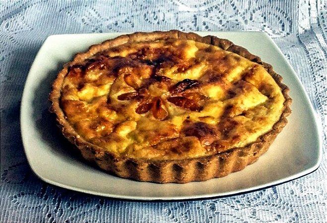 Quiche de Queijo Brie com Chutney de Damasco e Gengibre