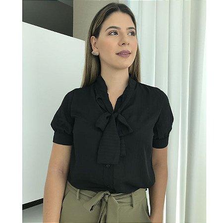 Blusa Manga Curta com Laço Frontal - Preta