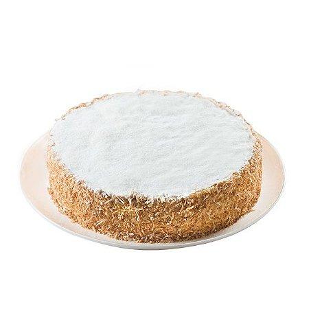 Torta Bem Casado de Coco com Recheio de Beijinho
