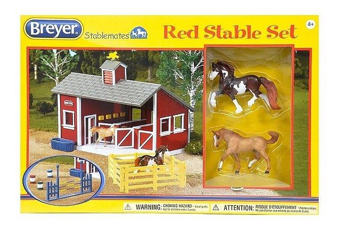 Cocheira Com Cavalos Red Stable Set Stablemates Breyer 1:32