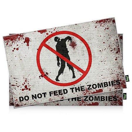 Jogo Americano Do Not Feed the Zombies - 2 peças