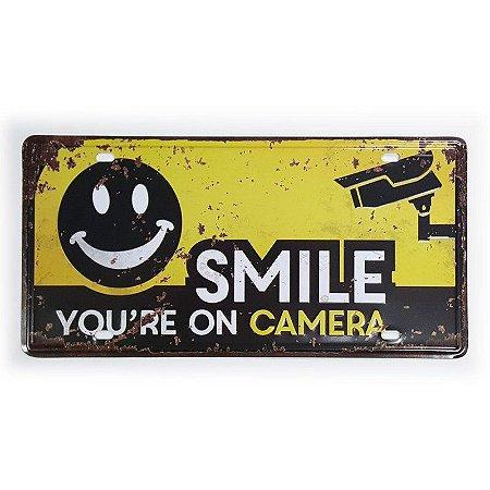 Placa de Metal Decorativa Smile - 30 x 15 cm