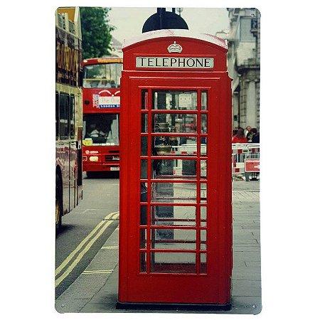 Placa de Metal Decorativa London Telephone - 30 x 20 cm