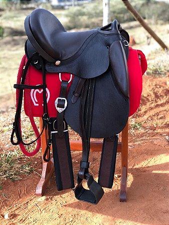Sela de pista marrom com assento de vaqueta personalizada