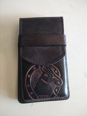 Capa Celular Bordada Cavalo