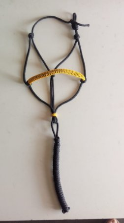 Cabresto de corda amarelo