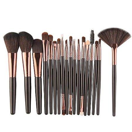 Kit Completo com 18 Pincéis para Maquiagem - Importado