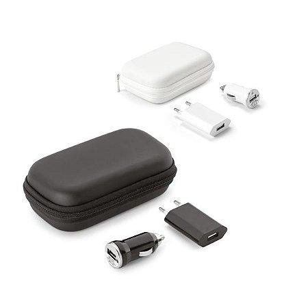 Kit de adaptadores USB ABS Incluso adaptador de corrente DC 110V/220V e adaptador para carro DV 12-24V Fornecido com bolsa EVA